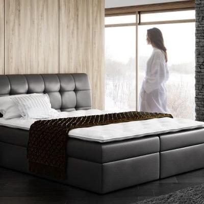 Levné Čalouněné postele do ložnice: Velká čalouněná postel Sára černá Eko kůže 200 + topper zdarma