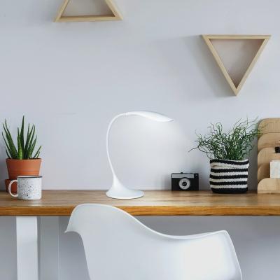 Levné Stolní lampy a lampičky: Stolní LED svítidlo DOMINIC, bílá