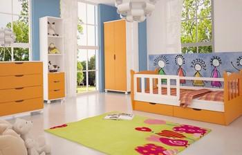 dětský pokoj bílo oranžový.jpg